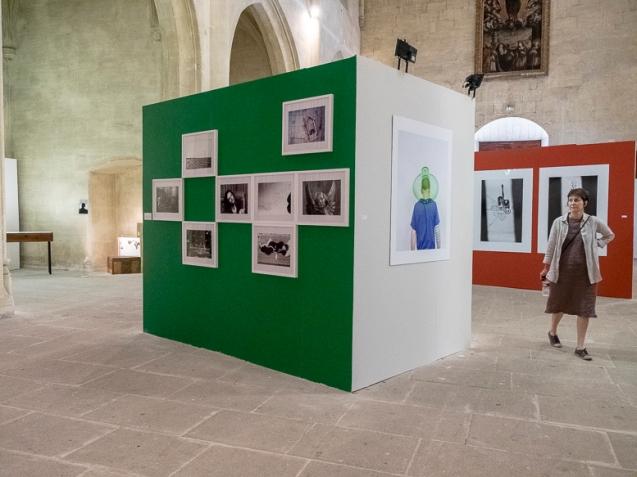 Embargo, Vue d'exposition, Wip, Église St Julien, Arles, 2014